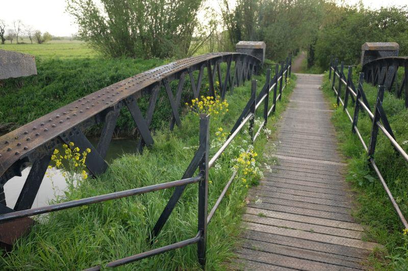 Une Voie Verte laisse toujours la place à la nature et à l'environnement. Ne vous étonnez pas si vous croisez un pont littéralement recouvert de verdure.